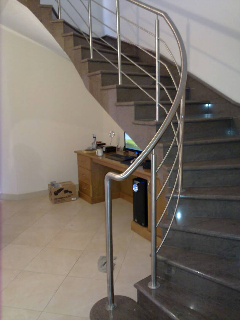 Staircase rail 2